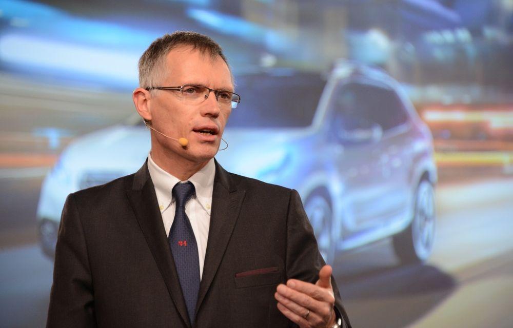 Șeful Stellantis: criza de semiconductori va continua și în 2022 - Poza 1