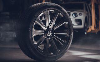 Bentley Bentayga primește cele mai mari jante din fibră de carbon montate vreodată pe o mașină de serie