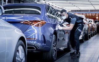 """Mercedes suspendă temporar producția din Germania și Ungaria: """"Mașinile electrice au prioritate"""""""