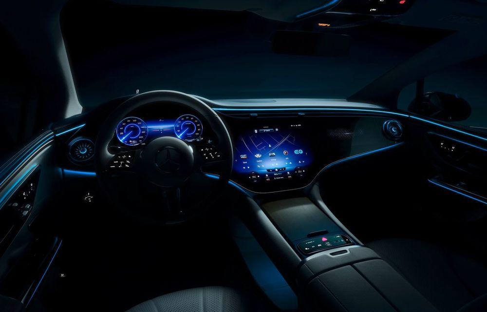 Mercedes-Benz publică primele imagini cu viitorul sedan electric EQE - Poza 2
