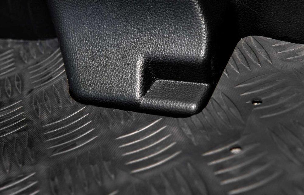 Toyota Yaris ECOVan: utilitară cu 720 de litri spațiu de încărcare, disponibilă momentan doar în Spania - Poza 11