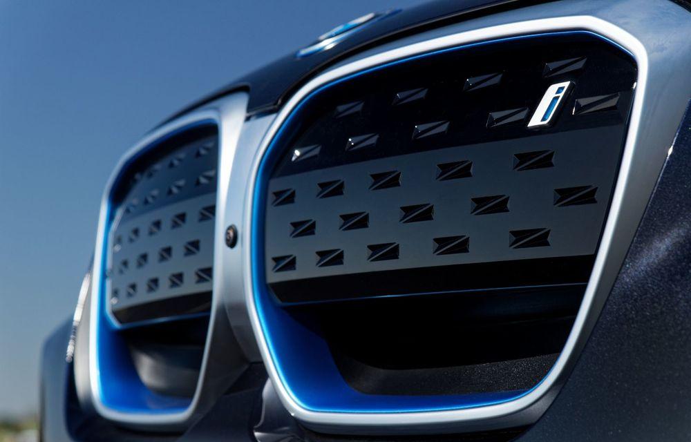 BMW iX3 facelift a fost prezentat: pachet M Sport în standard, preț de la 65.000 de euro - Poza 12