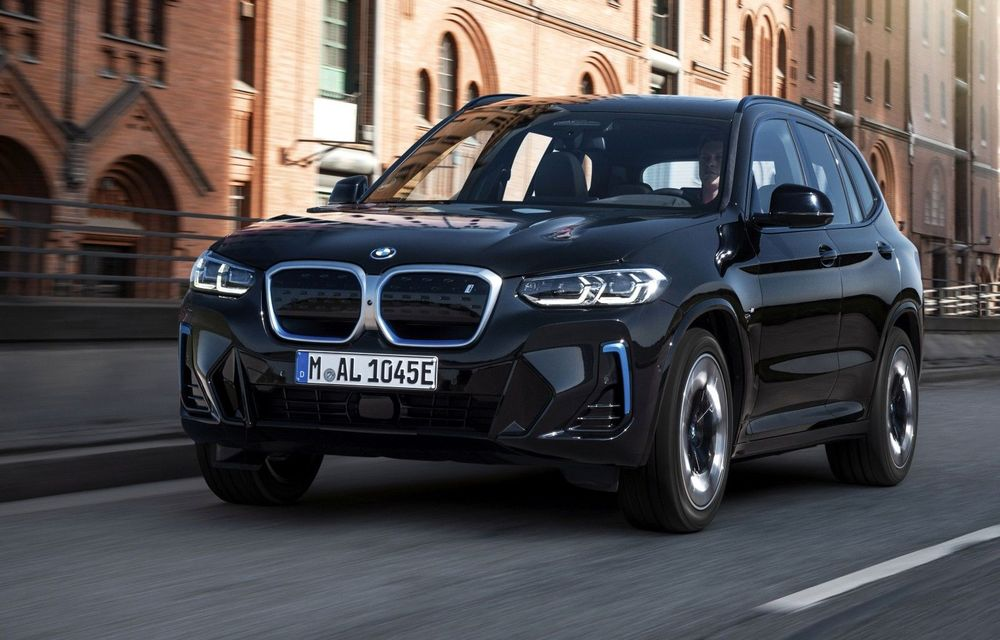 BMW iX3 facelift a fost prezentat: pachet M Sport în standard, preț de la 65.000 de euro - Poza 1