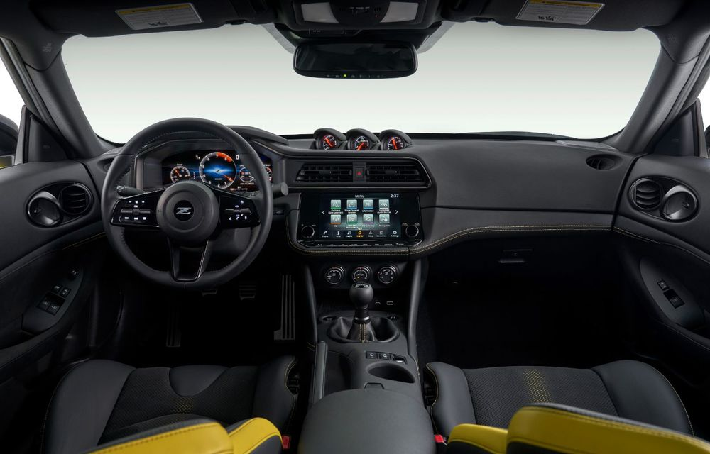 Urmașul lui Nissan 370Z este aici: se numește Nissan Z și vine tot cu motor V6 - Poza 51