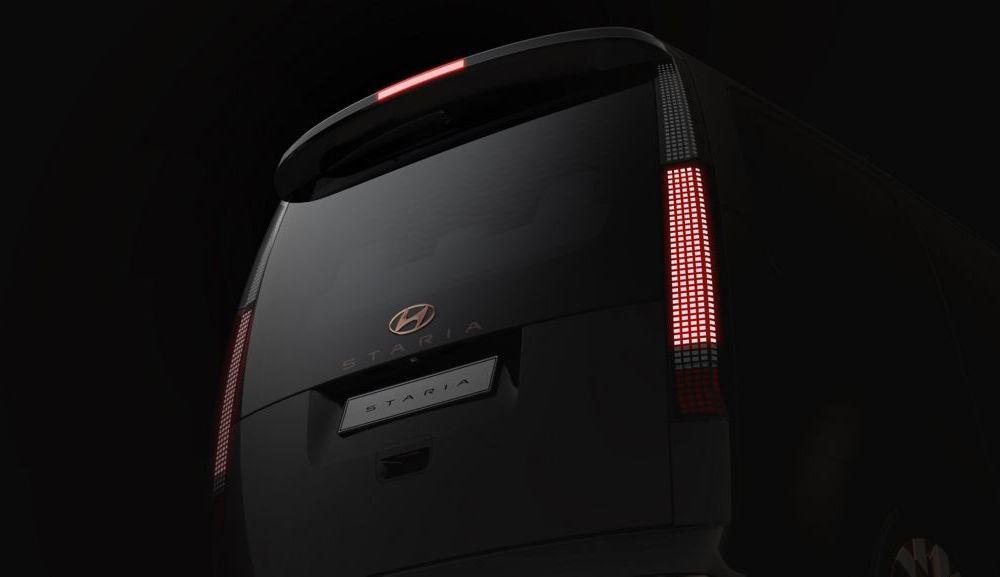 Hyundai Staria este un monovolum de lux cu 11 locuri, care costă 56.000 de euro - Poza 6
