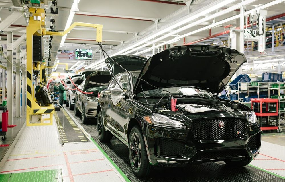 Criza cipurilor ar putea reduce producţia auto globală cu 7,1 milioane de vehicule în 2021 - Poza 1