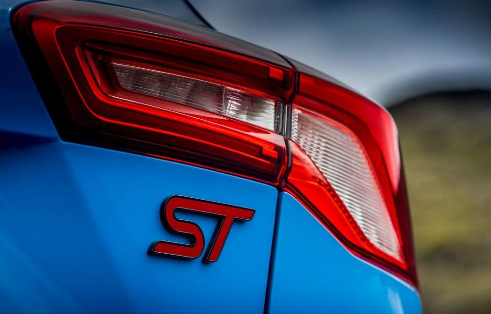 Ford Focus ST Edition: suspensie nouă, jante mai ușoare și gardă la sol mai mică - Poza 44