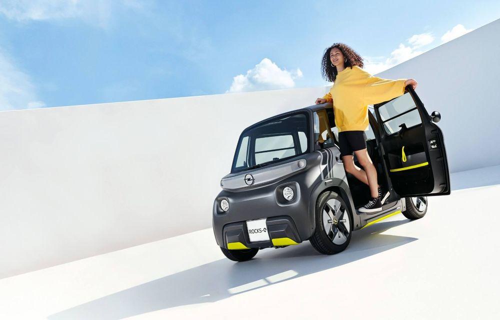 Noul cvadriciclu electric Opel Rocks-e: geamănul lui Citroen Ami are 8 CP și 75 de kilometri autonomie - Poza 4