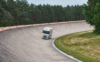 """Record mondial: un camion electric a parcurs 1.099 de kilometri cu un """"plin"""" de baterie"""
