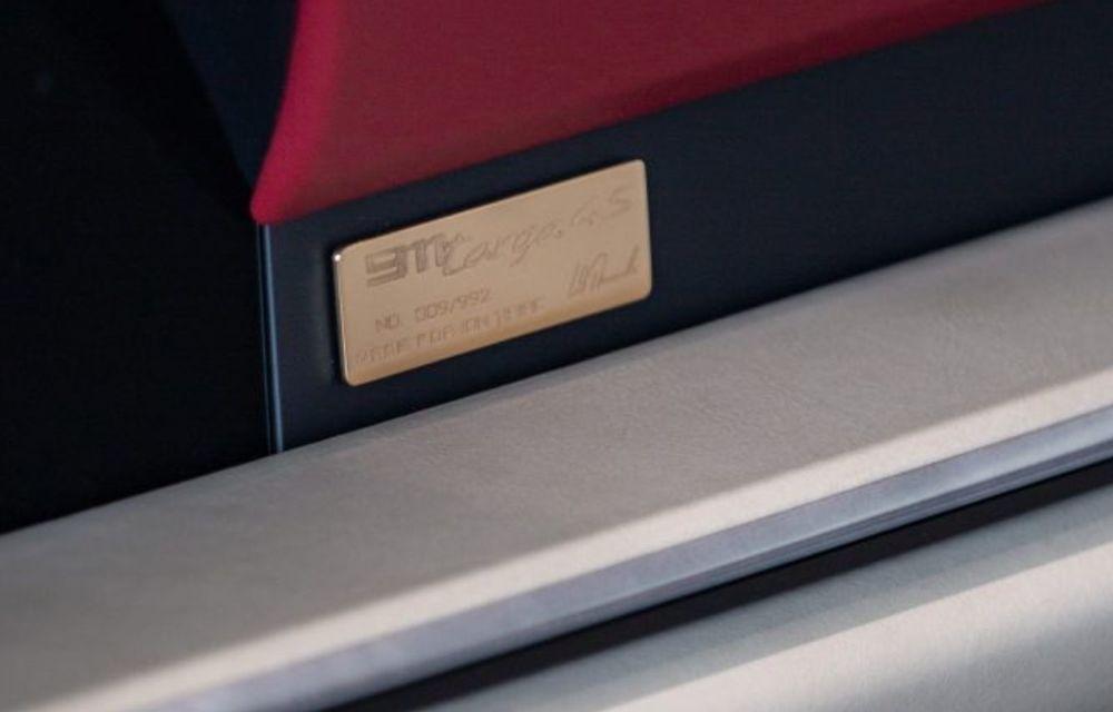 Galeria Țiriac Collection s-a îmbogățit cu o nouă mașină specială: Porsche 911 Targa 4S Heritage Design - Poza 7