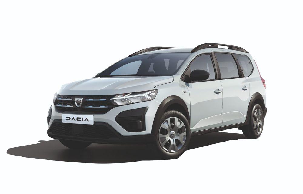 PREMIERĂ: Dacia Jogger debutează cu motor nou de 110 CP. Versiune hibrid programată pentru 2023 - Poza 24