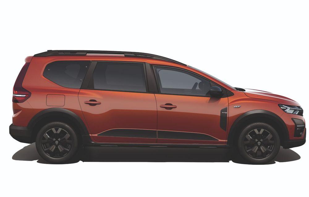 PREMIERĂ: Dacia Jogger debutează cu motor nou de 110 CP. Versiune hibrid programată pentru 2023 - Poza 21