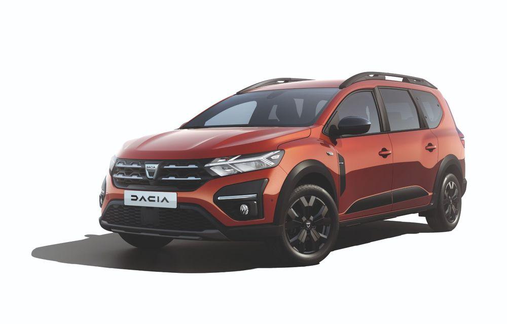 PREMIERĂ: Dacia Jogger debutează cu motor nou de 110 CP. Versiune hibrid programată pentru 2023 - Poza 19