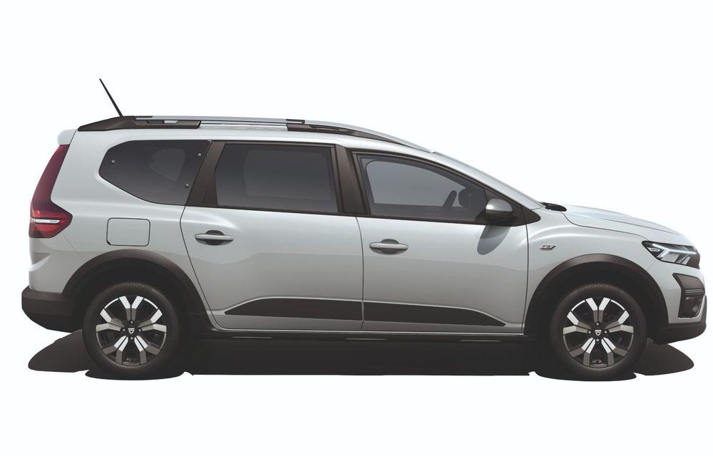 PREMIERĂ: Dacia Jogger debutează cu motor nou de 110 CP. Versiune hibrid programată pentru 2023 - Poza 27