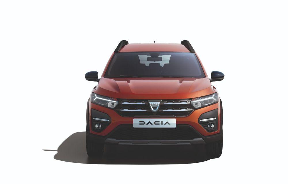 PREMIERĂ: Dacia Jogger debutează cu motor nou de 110 CP. Versiune hibrid programată pentru 2023 - Poza 20