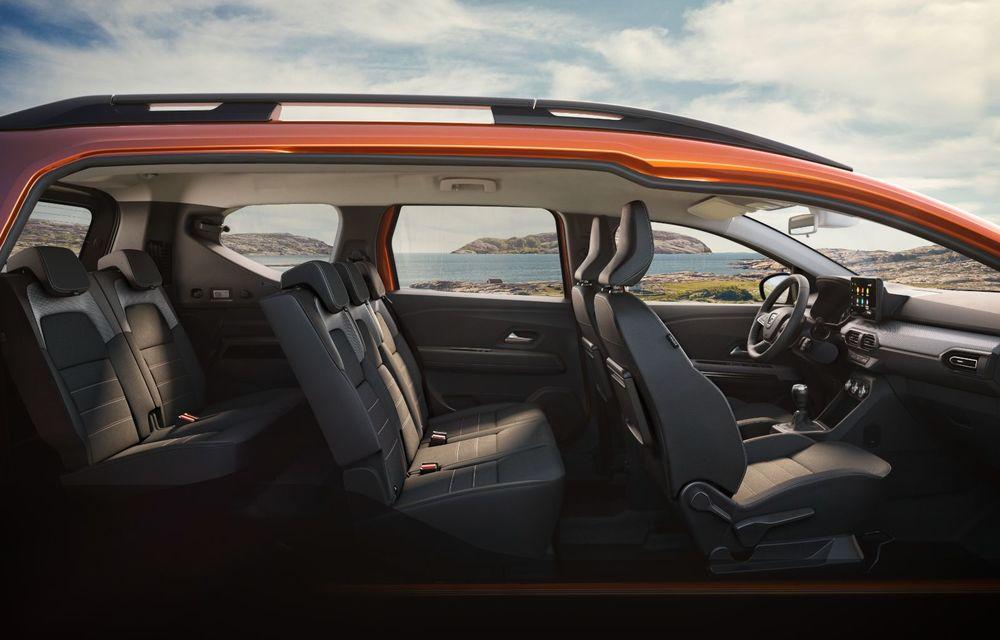 PREMIERĂ: Dacia Jogger debutează cu motor nou de 110 CP. Versiune hibrid programată pentru 2023 - Poza 35