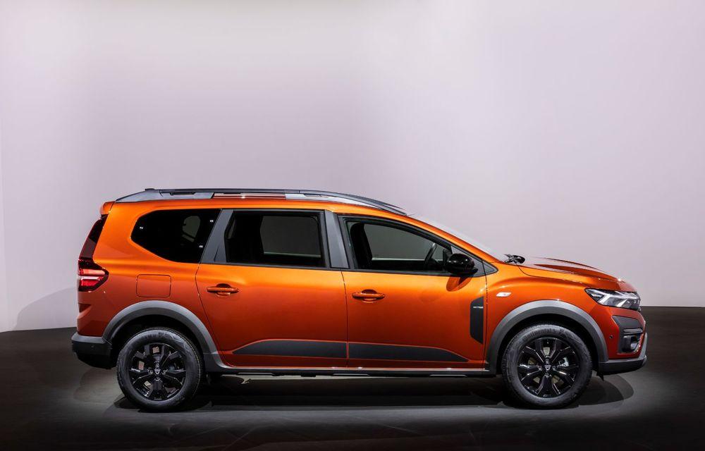 PREMIERĂ: Dacia Jogger debutează cu motor nou de 110 CP. Versiune hibrid programată pentru 2023 - Poza 15