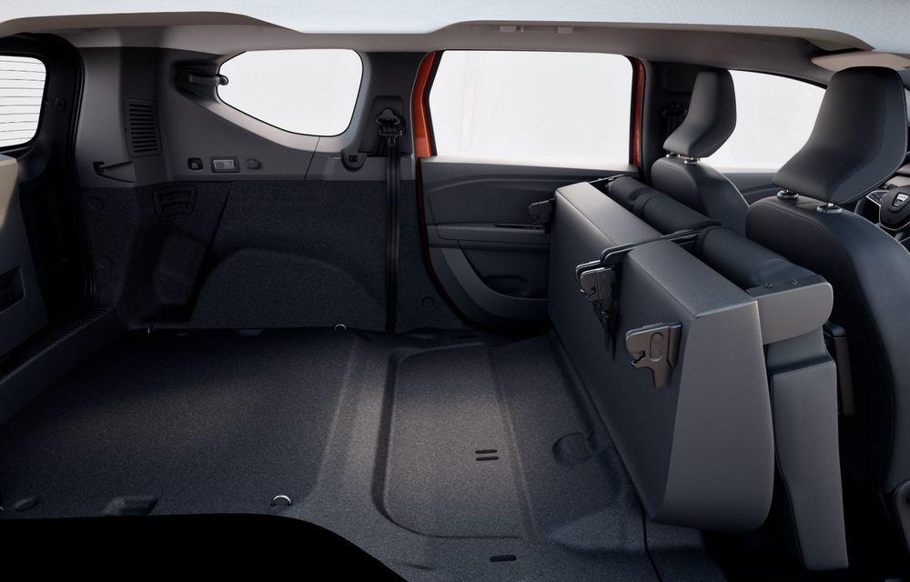PREMIERĂ: Dacia Jogger debutează cu motor nou de 110 CP. Versiune hibrid programată pentru 2023 - Poza 36