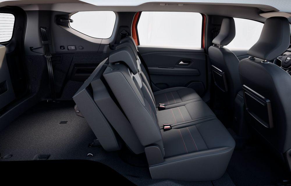 PREMIERĂ: Dacia Jogger debutează cu motor nou de 110 CP. Versiune hibrid programată pentru 2023 - Poza 38