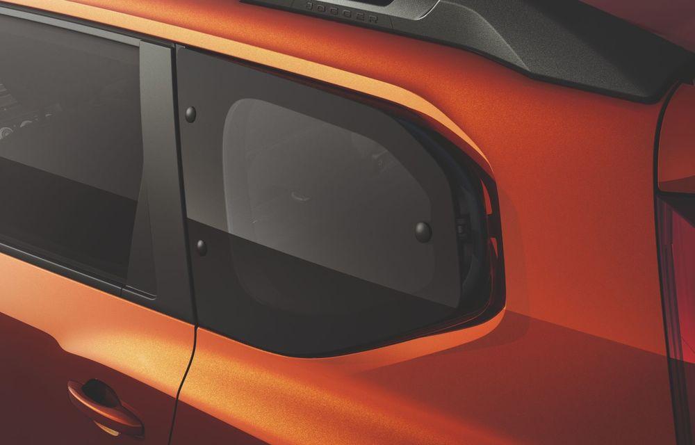 PREMIERĂ: Dacia Jogger debutează cu motor nou de 110 CP. Versiune hibrid programată pentru 2023 - Poza 48