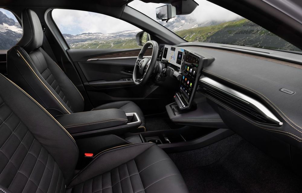 Noul Renault Megane 100% electric este aici: 130 CP sau 218 CP și autonomie de până la 470 km - Poza 44