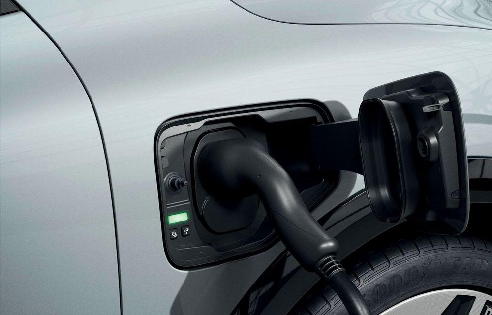 Noul Renault Megane 100% electric este aici: 130 CP sau 218 CP și autonomie de până la 470 km - Poza 97
