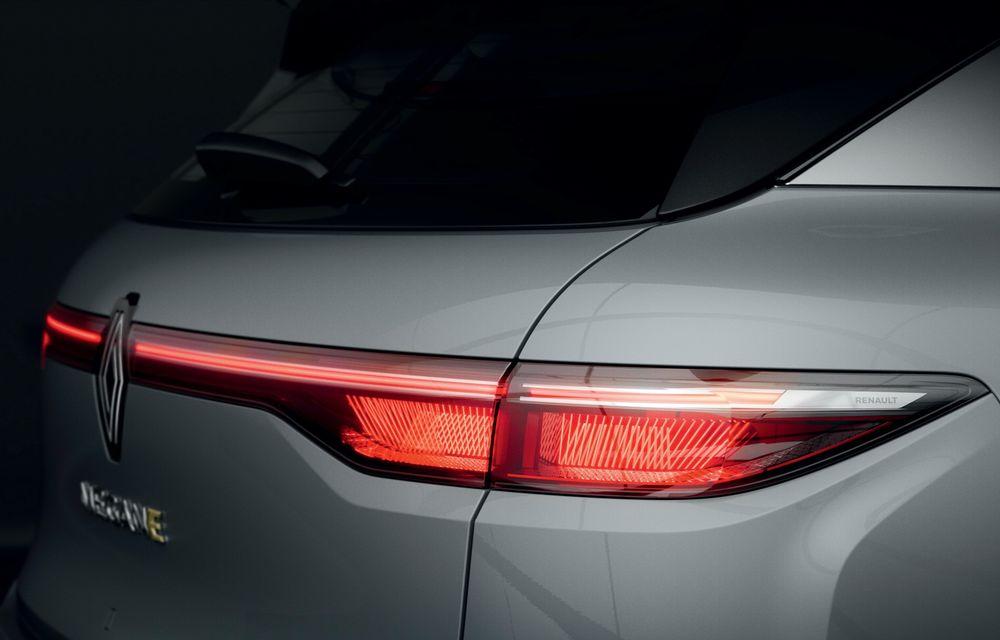Am văzut pe viu noul Renault Megane Electric: 5 motive pentru care e un model revoluționar + VIDEO - Poza 9