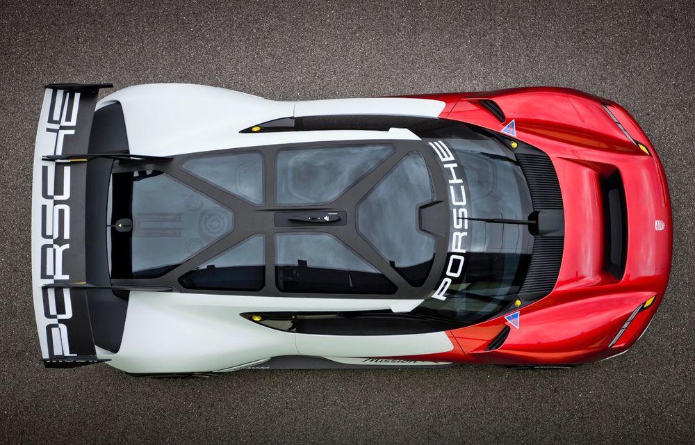 Conceptul electric Porsche Mission R: până la 1.088 CP și 0-100 km/h în 2.5 secunde - Poza 6