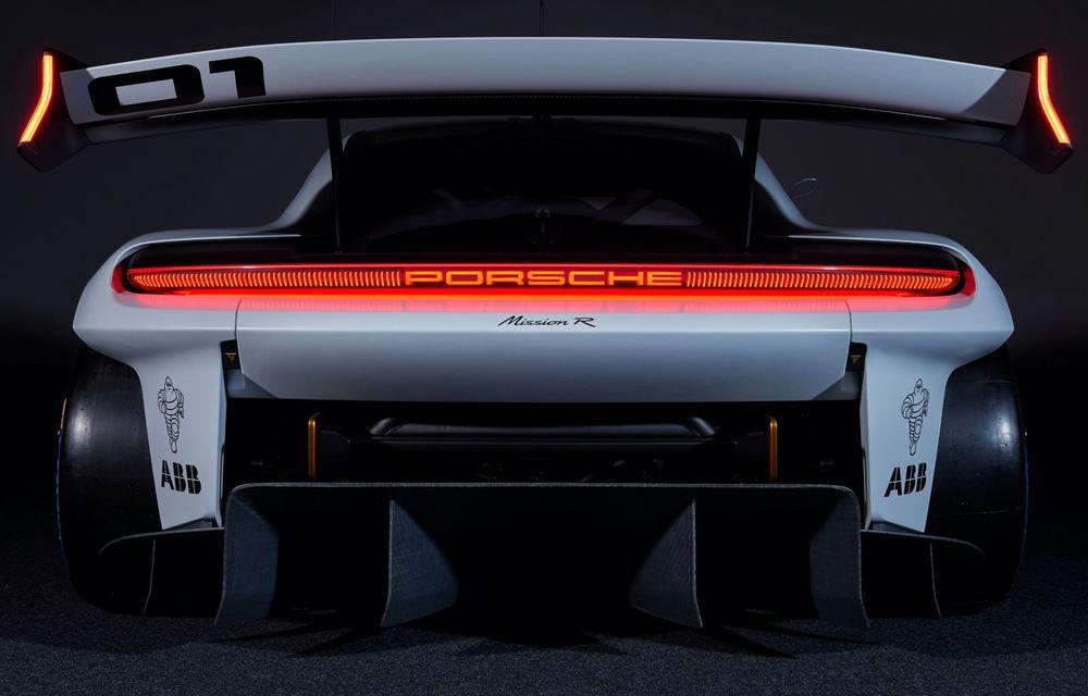Conceptul electric Porsche Mission R: până la 1.088 CP și 0-100 km/h în 2.5 secunde - Poza 28