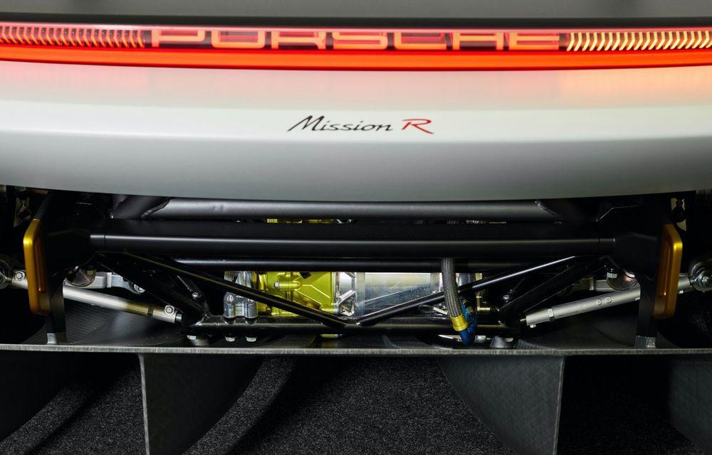Conceptul electric Porsche Mission R: până la 1.088 CP și 0-100 km/h în 2.5 secunde - Poza 24