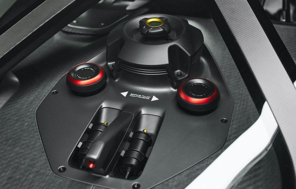 Conceptul electric Porsche Mission R: până la 1.088 CP și 0-100 km/h în 2.5 secunde - Poza 25