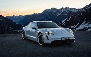 Porsche a vândut toată producția Taycan pentru 2021 în doar 6 luni