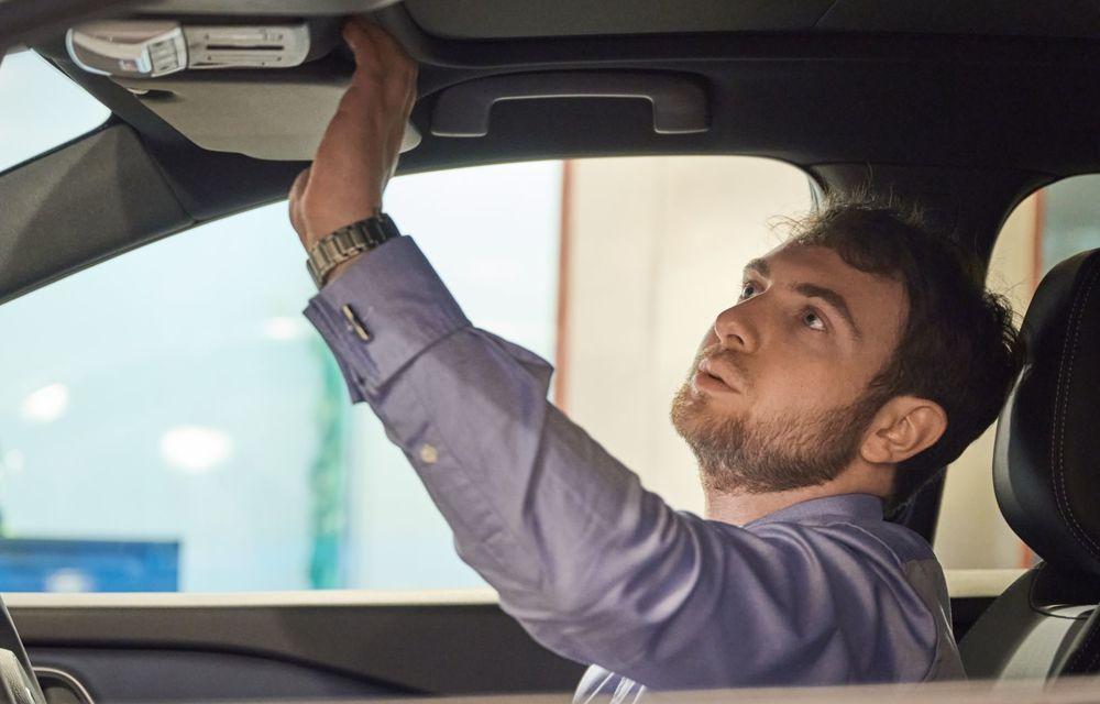 Cum se obține mirosul de mașină nouă - Poza 5