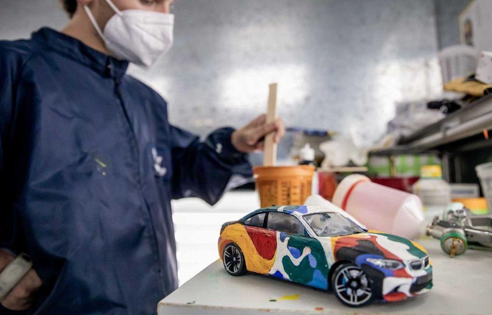 Noul BMW Seria 2 Coupe, transformat în Art Car cu ajutorul unui artist mexican - Poza 2