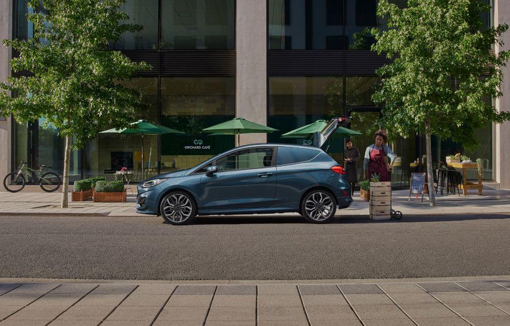Ford Fiesta Van facelift vine cu faruri LED în standard și poate funcționa cu bio-combustibil E85 - Poza 4