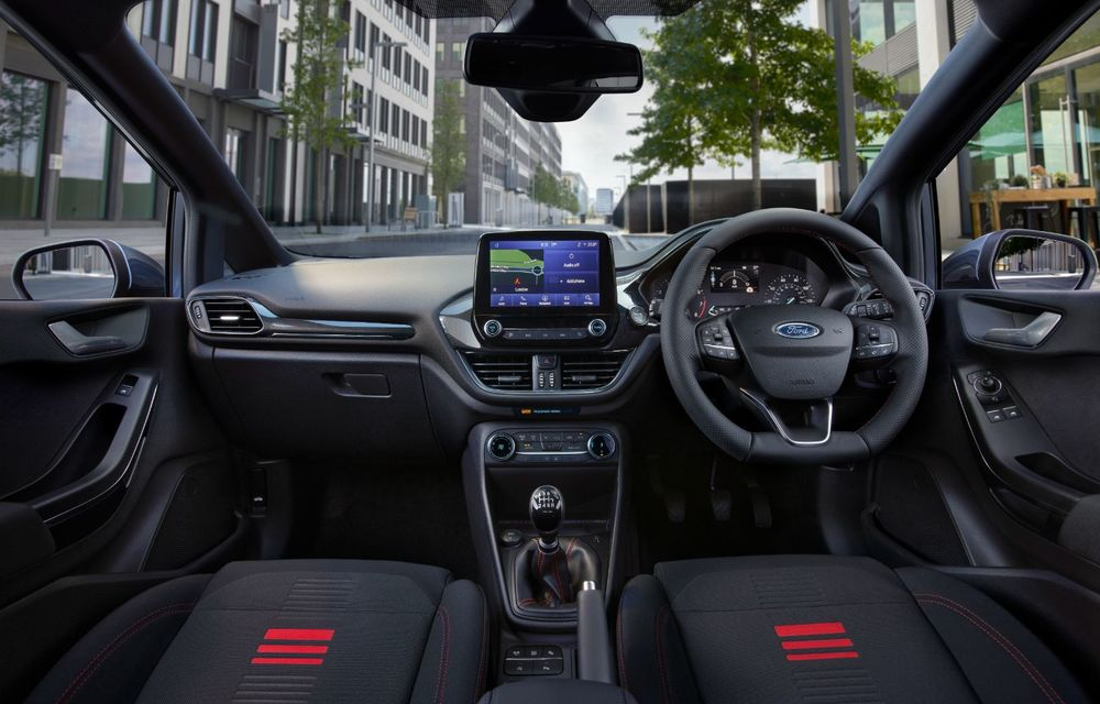 Ford Fiesta Van facelift vine cu faruri LED în standard și poate funcționa cu bio-combustibil E85 - Poza 7