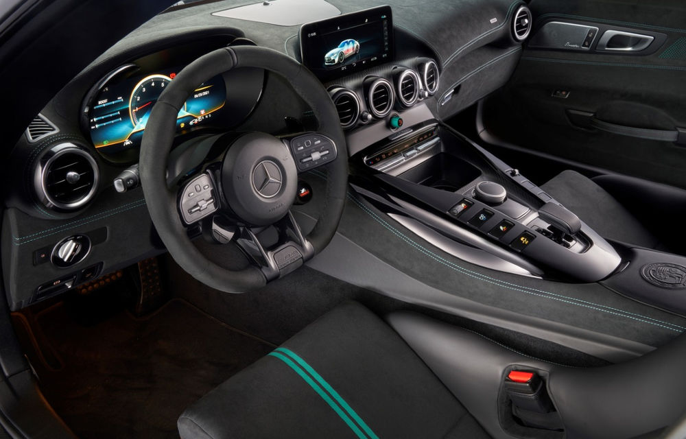 Mercedes-AMG GT Black Series, cel mai nou exponat al galeriei Țiriac Collection - Poza 2