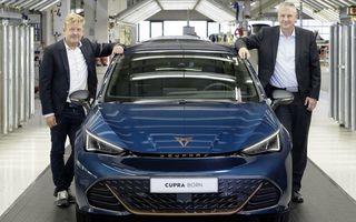 Electricul Cupra Born a intrat în producție. Primul exemplar a părăsit linia de asamblare a uzinei din Germania
