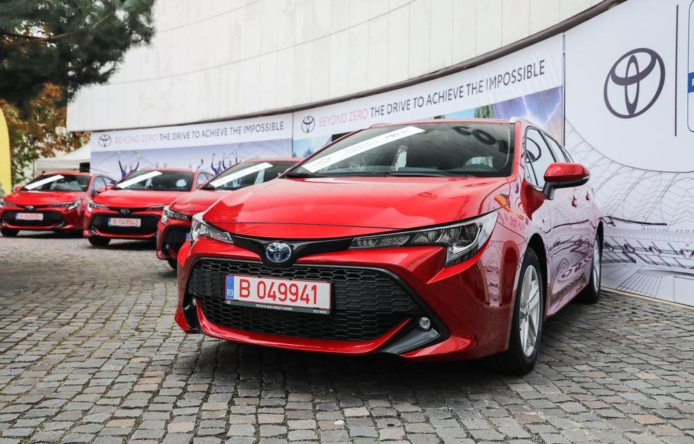 Medaliații români de la Tokyo au fost premiați cu modele Toyota hibrid - Poza 1