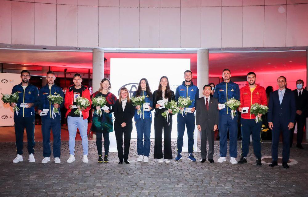 Medaliații români de la Tokyo au fost premiați cu modele Toyota hibrid - Poza 23