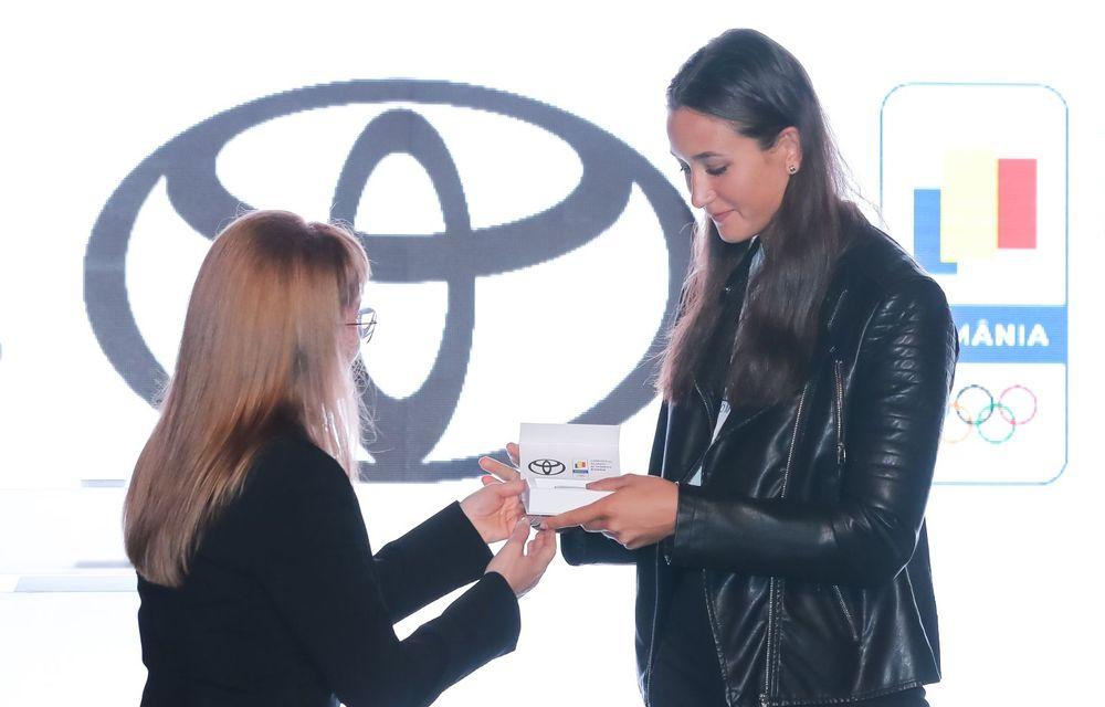 Medaliații români de la Tokyo au fost premiați cu modele Toyota hibrid - Poza 38