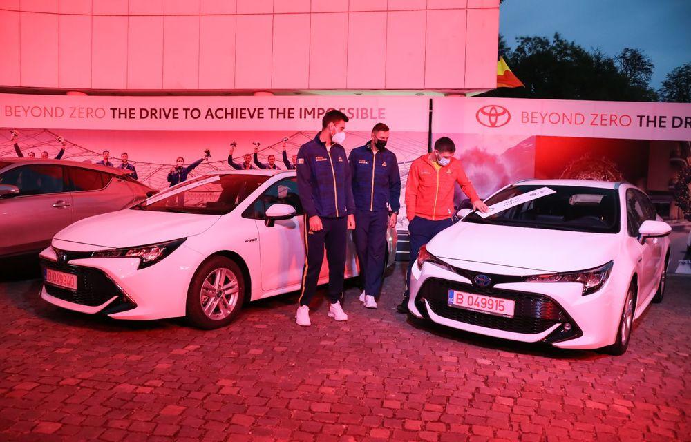 Medaliații români de la Tokyo au fost premiați cu modele Toyota hibrid - Poza 4
