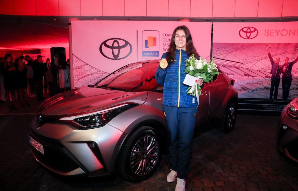 Medaliații români de la Tokyo au fost premiați cu modele Toyota hibrid - Poza 16