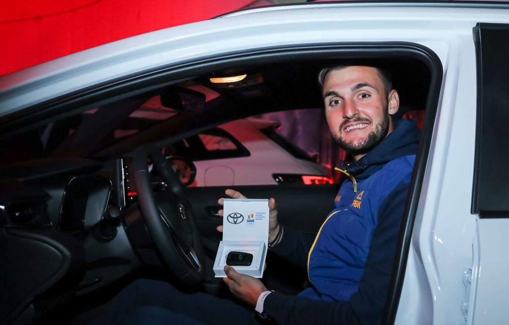 Medaliații români de la Tokyo au fost premiați cu modele Toyota hibrid - Poza 17