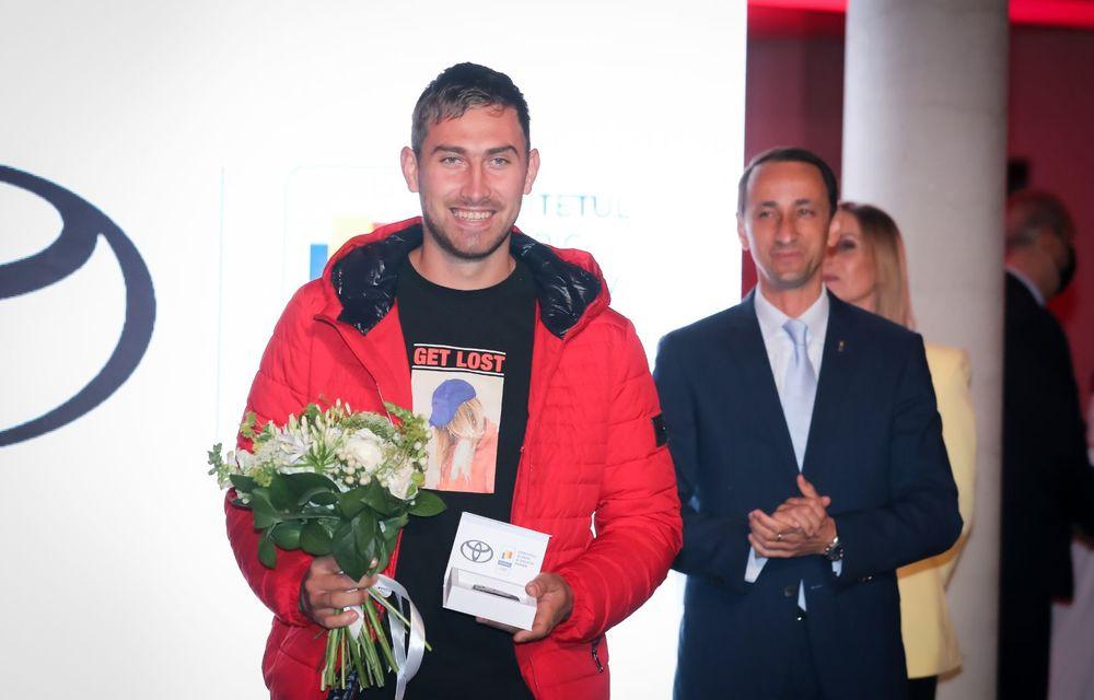 Medaliații români de la Tokyo au fost premiați cu modele Toyota hibrid - Poza 29