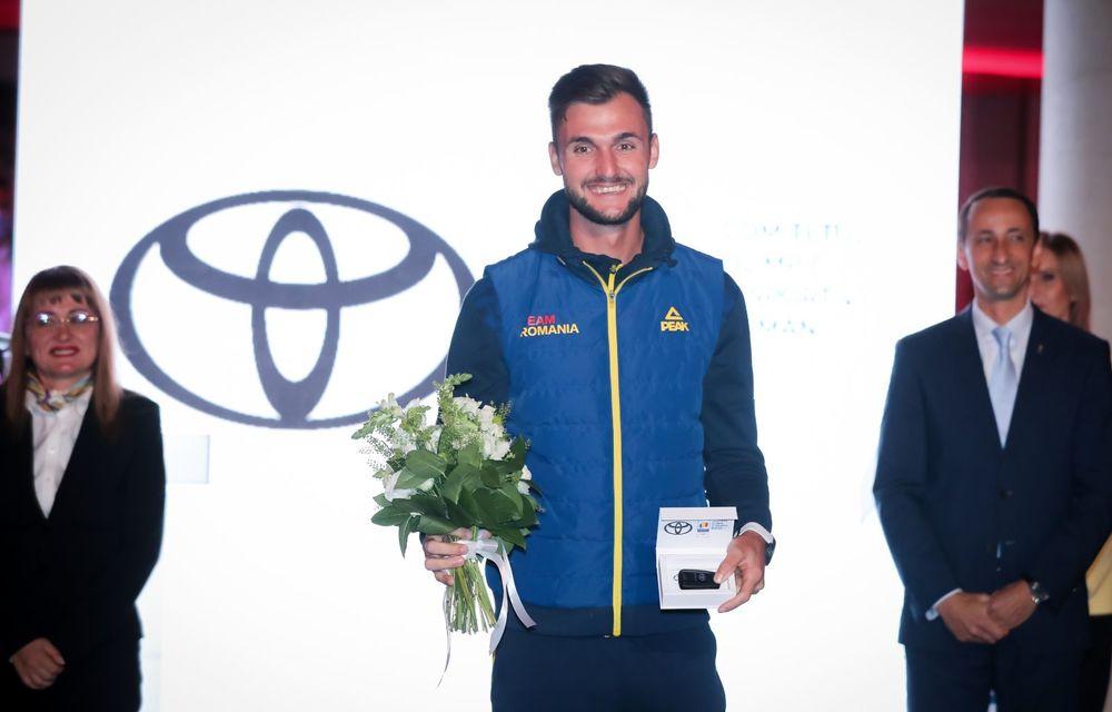 Medaliații români de la Tokyo au fost premiați cu modele Toyota hibrid - Poza 33