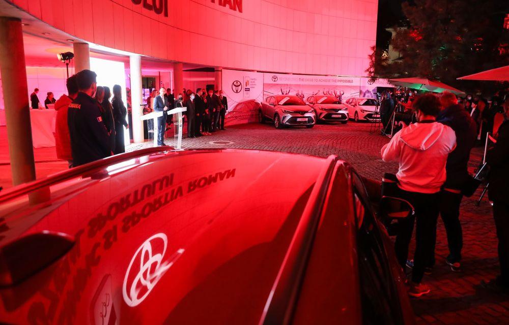 Medaliații români de la Tokyo au fost premiați cu modele Toyota hibrid - Poza 42