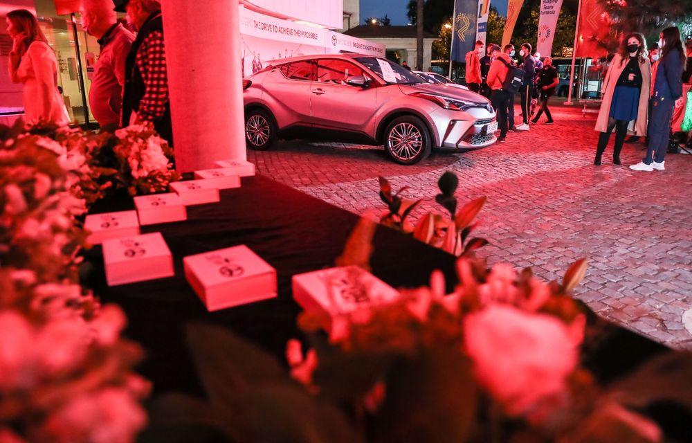 Medaliații români de la Tokyo au fost premiați cu modele Toyota hibrid - Poza 45