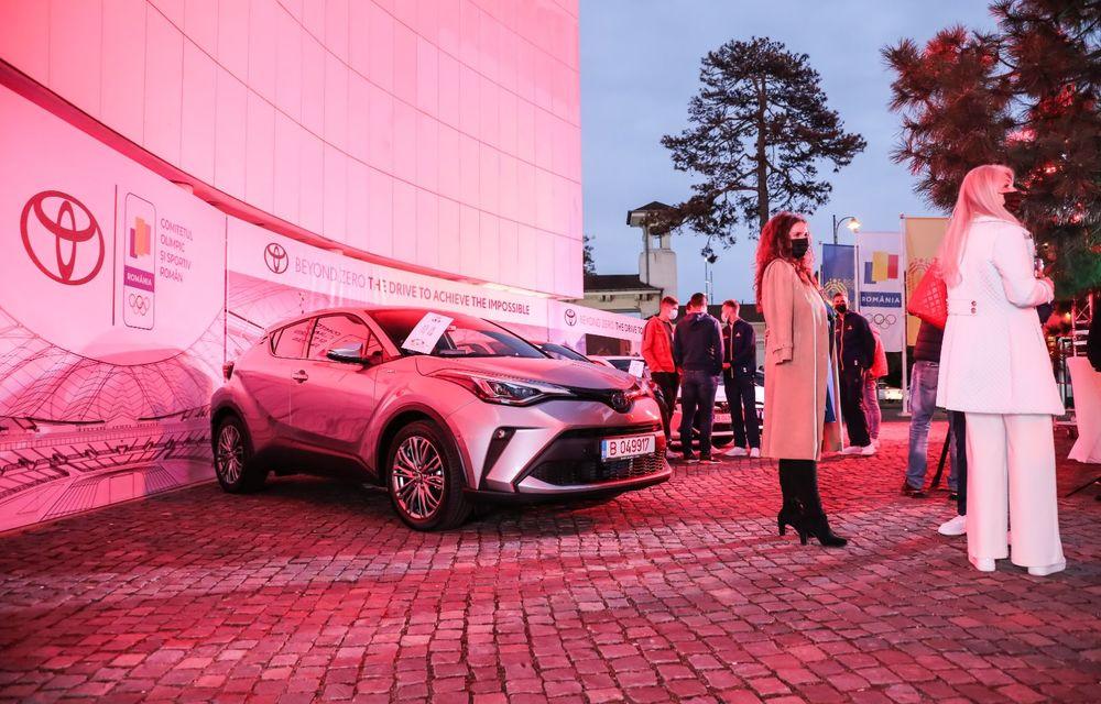 Medaliații români de la Tokyo au fost premiați cu modele Toyota hibrid - Poza 7
