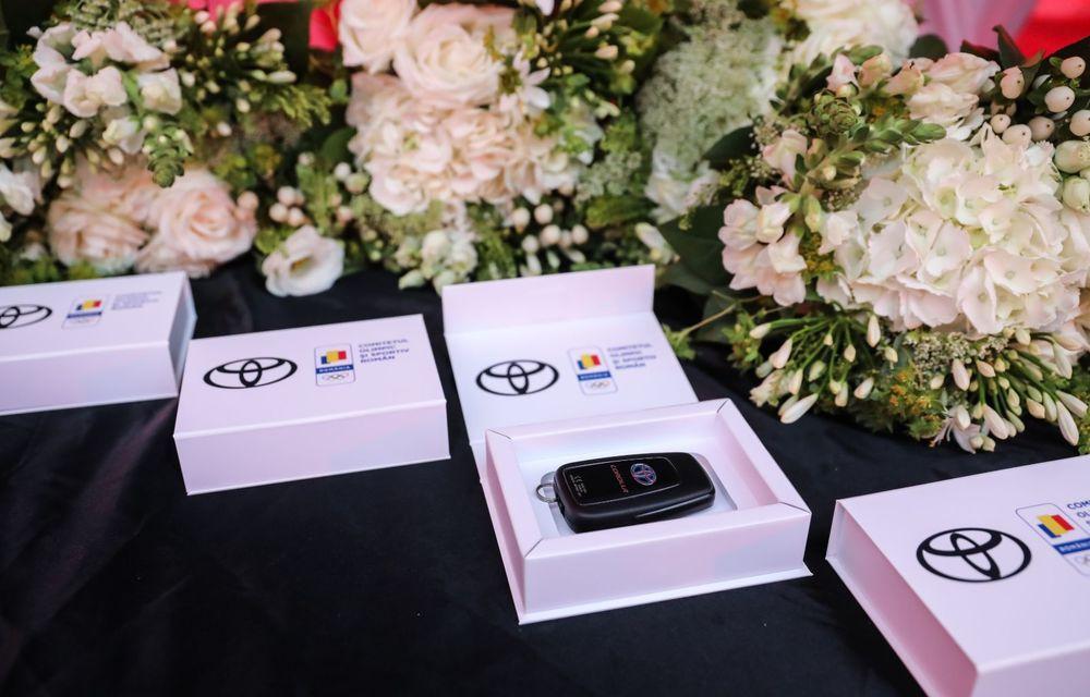 Medaliații români de la Tokyo au fost premiați cu modele Toyota hibrid - Poza 47